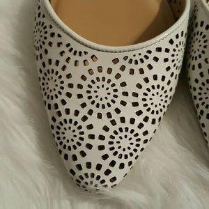 Talbots Shoes - ⭕Talbot's White flats